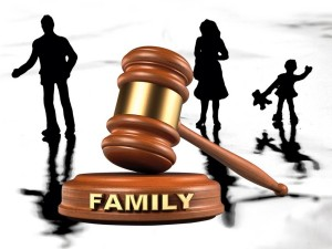 why-you-should-hire-family-law-attorney-900x675